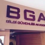 BGA iç mekan kapı üstü plexi tabela