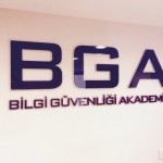 BGA iç mekan plexi tabela